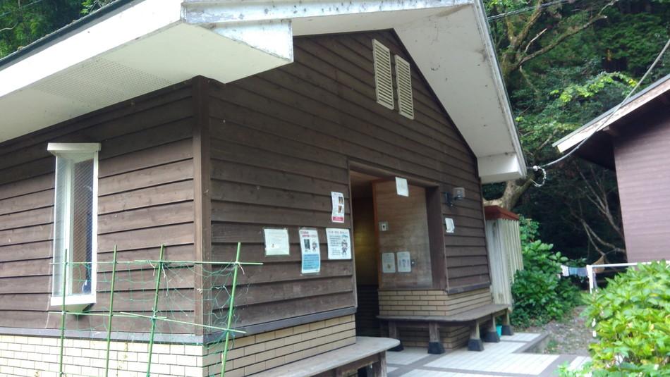 福岡の直方。おすすめキャンプ場は竜王キャンプ場。トイレ
