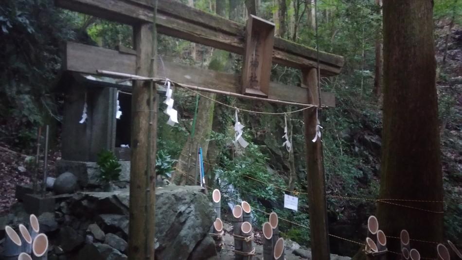 福岡の直方 おすすめ キャンプ 竜王キャンプ場 鳥居