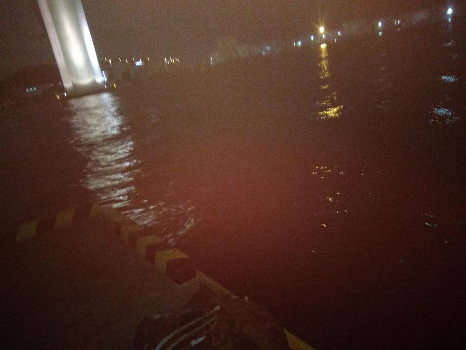 博多湾 シーバス 夜釣り