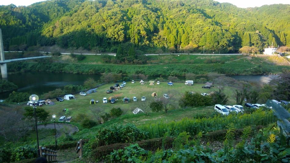 佐賀 鳥栖 とりごえ温泉 栖の宿 のミニキャンプ場は自由度が高い