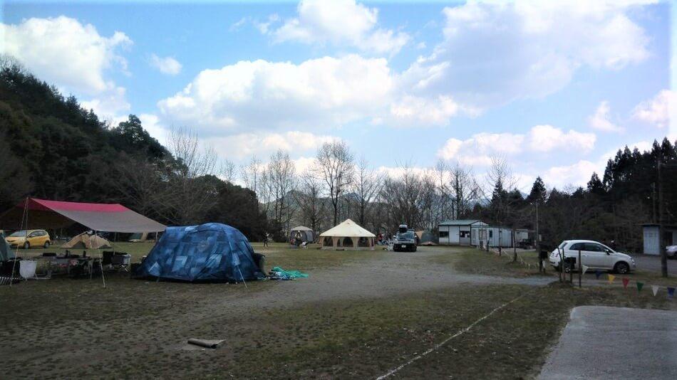 大分のバルンバルンの森 フリーサイトはオートキャンプ