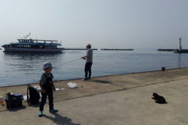 相島 家族で釣り