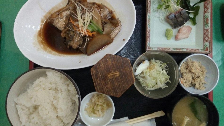 おすすめあら炊き 福岡海鮮市場