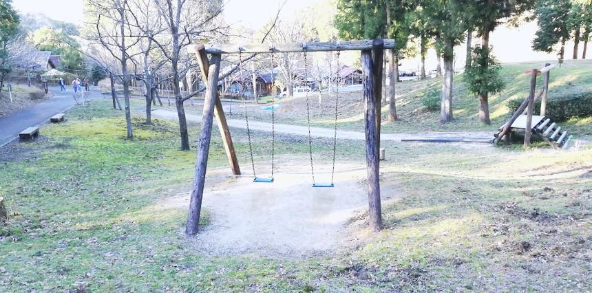 遊具があるファミリーキャンプ